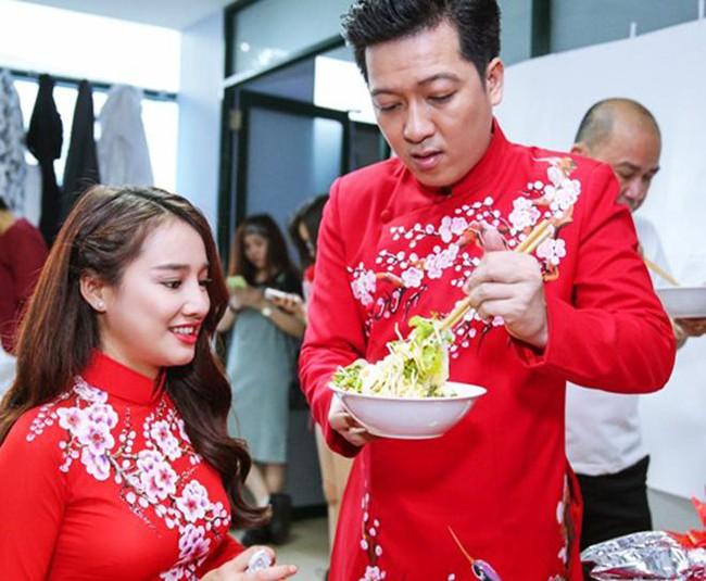 Trường Giang - Trấn Thành, những ông chồng đảm đang hết phần vợ, tích cực vỗ béo bà xã bằng đồ ăn ngon - Ảnh 3.