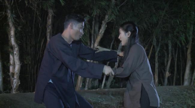 """""""Luật trời"""" tập 24: Bích (Quỳnh Lam) bị chồng của dì Trang làm nhục lúc nửa đêm  - Ảnh 6."""