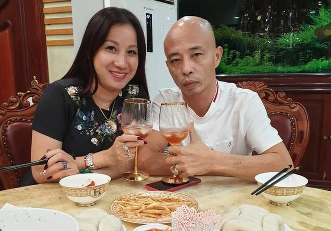 Công an Thái Bình thông tin chính thức về cặp vợ chồng Đường Nhuệ: 20 vụ từng bị xử lý - Ảnh 1.