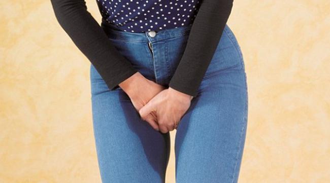 Cô gái 26 tuổi phải cắt bỏ cả tử cung do ung thư, nguyên do xuất phát từ 3 thay đổi cảnh báo bệnh của cơ thể mà rất nhiều phụ nữ phớt lờ - Ảnh 3.