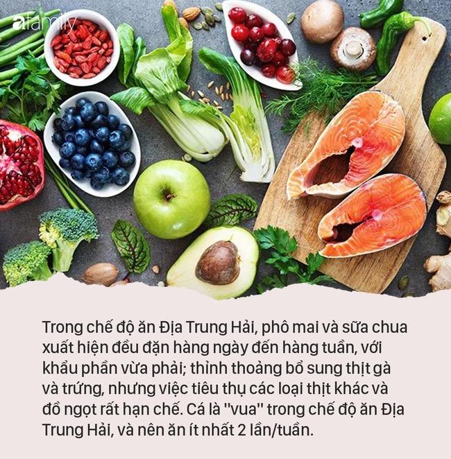 Giữa vô số chế độ ăn kiêng, nhiều người vẫn chọn chế độ ăn nhiều rau, ngũ cốc, cá và dầu ô liu vì lý do này - Ảnh 4.