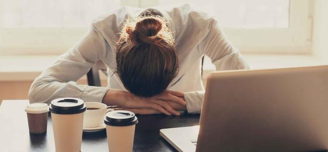 """Chơi với team khác mà """"sếp bà"""" không thích, nàng công sở bị """"củ hành"""" suốt 1 năm trời đến mức rối loạn tâm lý - Ảnh 5."""