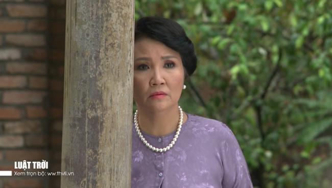 """""""Luật trời"""" tập 26: Bà Lâm tìm ra manh mối tráo con, Trang - Được hoảng loạn còn đòi giết cả nhà Tiến - Ảnh 4."""