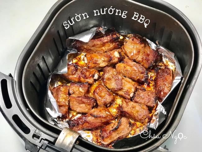 Học mẹ 8x cách làm 10 món thịt nướng thơm ngon và dễ làm bằng nồi chiên không dầu  - Ảnh 29.