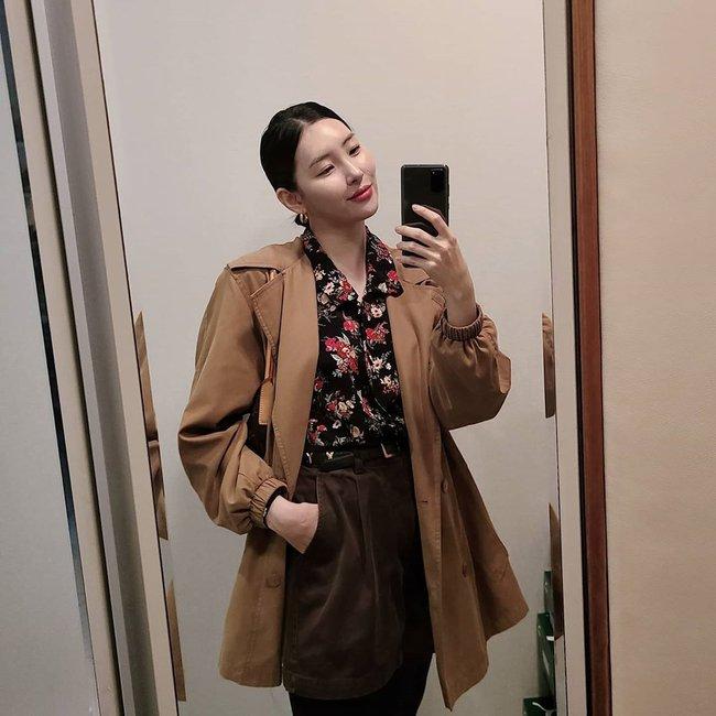 Loạt ý tưởng diện đồ hay đáo để từ Sunmi giúp chị em diện lại quần áo cũ vẫn sành điệu không để đâu cho hết - Ảnh 7.