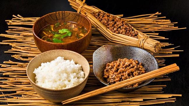 Tại sao món ăn hôi thối này người nước ngoài không dám đụng đũa, người Nhật lại say mê ăn mỗi ngày đến vậy? - Ảnh 3.