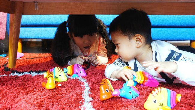 Gợi ý hàng loạt trò chơi chống chán trong nhà dành cho các bé trong thời gian nghỉ tránh dịch dài ngày – trò số 6 và 8 cực dễ chơi lại giúp kích thích óc sáng tạo của con - Ảnh 5.