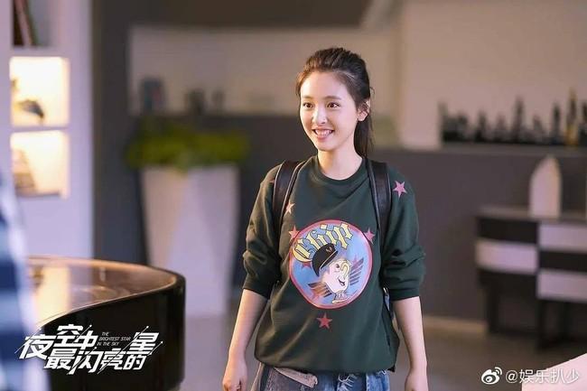 """""""Lê hấp đường phèn"""": Dương Tử - Đặng Luân bất ngờ làm cameo, Ngô Thiến gây sốt vì đóng 10 phim như 1 - Ảnh 8."""