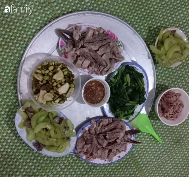 Giữa mùa dịch, gia đình 4 người lớn ở Hà Nội chi tiêu chỉ hết 500 ngàn/tháng nhờ thắt chặt chi tiêu và ăn thực phẩm vườn nhà - Ảnh 5.