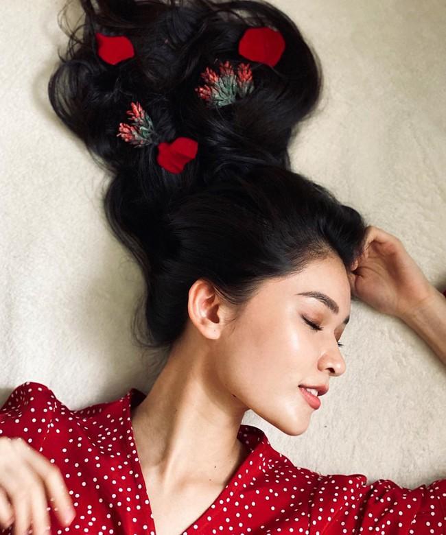 """Á hậu Thùy Dung có cả loạt cách tạo dáng để chủ thể luôn xinh tươi như một nàng thơ trong từng khoảnh khắc """"sống ảo"""" - Ảnh 8."""