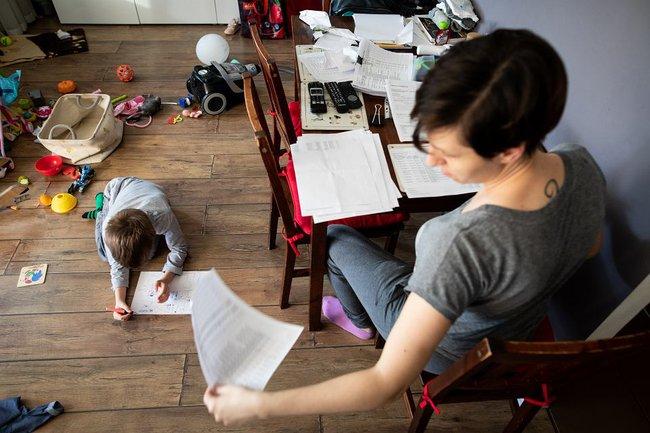 'Giật mình' với lí do mẹ chỉ có 32' riêng tư mỗi ngày dù nghỉ tránh dịch ở nhà hay lúc bận rộn đi làm  - Ảnh 2.