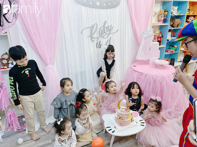 Căn phòng vui chơi của 3 nhóc tỳ ở Hà Nội khiến các mẹ bỉm sữa mê mẩn, các con nghỉ dịch ở nhà cũng là chuyện nhỏ - Ảnh 8.
