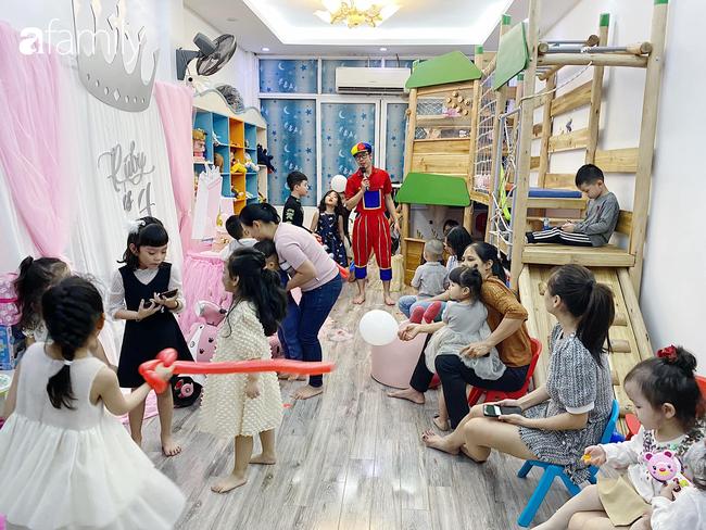 Căn phòng vui chơi của 3 nhóc tỳ ở Hà Nội khiến các mẹ bỉm sữa mê mẩn, các con nghỉ dịch ở nhà cũng là chuyện nhỏ - Ảnh 9.