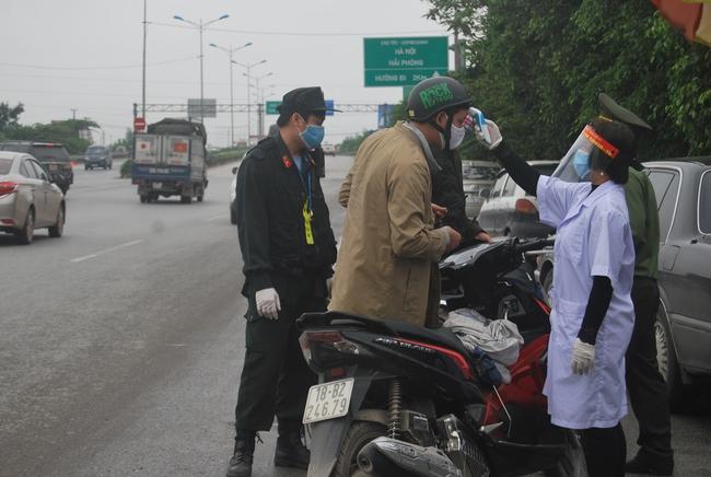 Bắc Giang yêu cầu người dân không đến Hà Nội và TP Hồ Chí Minh vào thời điểm diễn ra dịch Covid-19 - Ảnh 2.