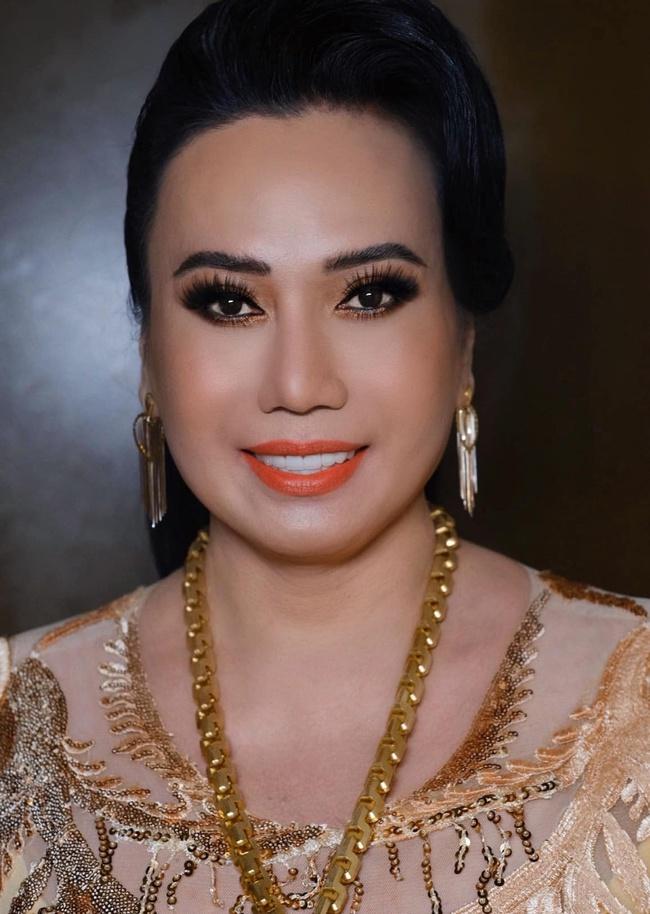 Thực hư 10 đời chồng của cô Minh Hiếu được nhiều sao Việt yêu thích