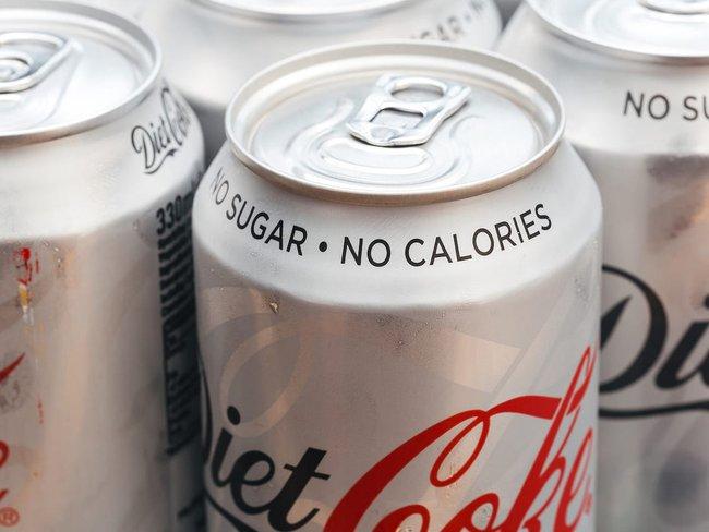 Tưởng là giúp giữ dáng thon gọn nhưng chuyên gia khẳng định 3 loại đồ uống sau dễ khiến cân nặng tăng mạnh - Ảnh 4.