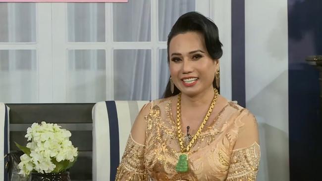 """Thực hư chuyện lấy 10 đời chồng của """"nữ hoàng livestream"""" Minh Hiếu có tài sản hơn 100 cây vàng - Ảnh 8."""