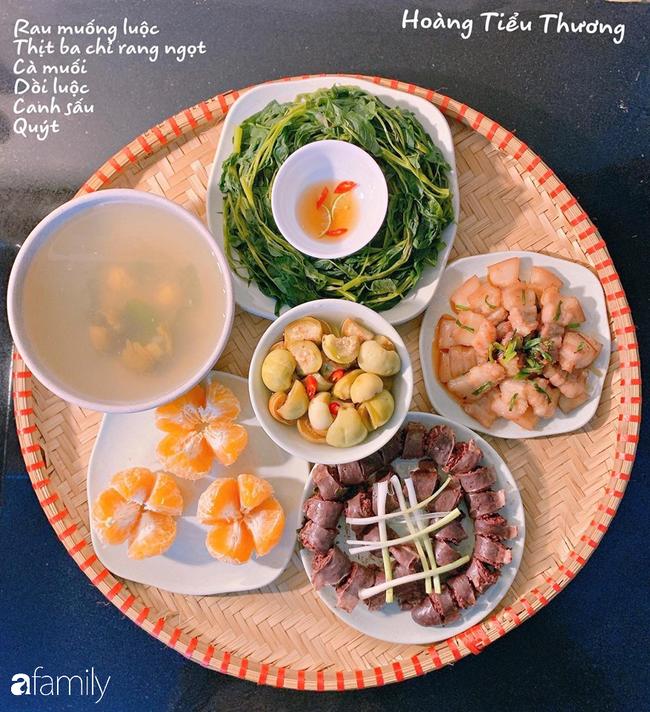 Bà mẹ trẻ Hà Nội và bí quyết đi chợ làm những mâm cơm mẹt đầy đặn giá chỉ 100-150 ngàn đồng cho 6 người ăn thoải mái - Ảnh 11.