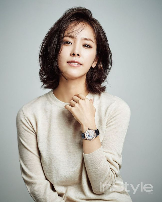 """Top 10 mỹ nhân Hàn Quốc thế kỷ 21: Bộ ba nữ thần """"Tae - Hye - Ji"""" đều có mặt nhưng đỉnh cao nhất phải là người đẹp huyền thoại 49 tuổi này  - Ảnh 9."""