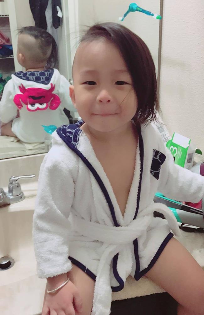 Nuôi tóc cho con trai từ lúc sinh ra đến 1,5 tuổi khiến bé bị nhầm là con gái, mẹ Việt ở Mỹ tiết lộ lý do - Ảnh 6.