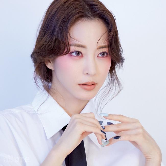 """Top 10 mỹ nhân Hàn Quốc thế kỷ 21: Bộ ba nữ thần """"Tae - Hye - Ji"""" đều có mặt nhưng đỉnh cao nhất phải là người đẹp huyền thoại 49 tuổi này  - Ảnh 5."""