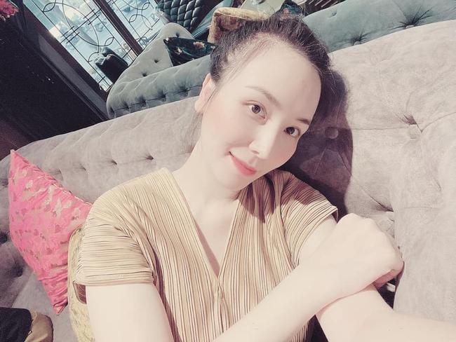 """Mang thai """"bé Chuột"""", mỹ nhân Việt ốm nghén mỗi người một kiểu: Đông Nhi lúc nào cũng thấy đói, bà xã Khắc Việt sụt liền 4kg - Ảnh 6."""