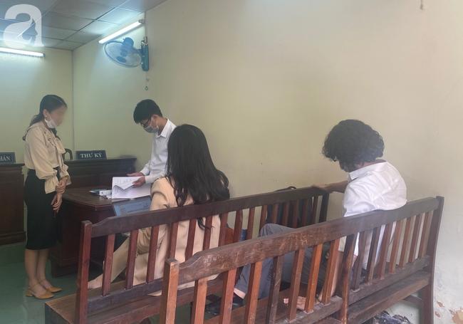 Xử phúc thẩm vụ Bệnh viện FV kiện chính bệnh nhân của mình đòi tiền tỷ: Hoãn phiên toà để kiến nghị Bộ Y tế - Ảnh 6.