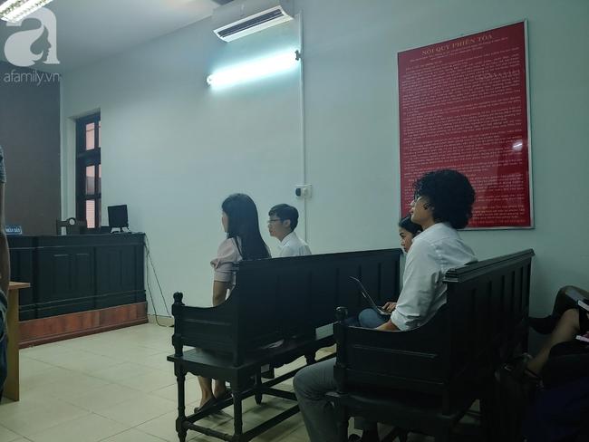 Xử phúc thẩm vụ Bệnh viện FV kiện chính bệnh nhân của mình đòi tiền tỷ: Hoãn phiên toà để kiến nghị Bộ Y tế - Ảnh 3.