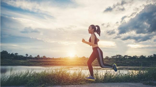 """5 thời điểm """"vàng"""" trong ngày vô cùng thích hợp để tập thể dục, đặc biệt giúp phụ nữ tiêu mỡ gấp đôi và giảm cân vèo vèo - Ảnh 1."""