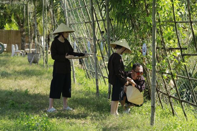 Con trai Thu Trang - Tiến Luật nhắc tên con gái Đoan Trang, lại còn e thẹn cực đáng yêu  - Ảnh 6.