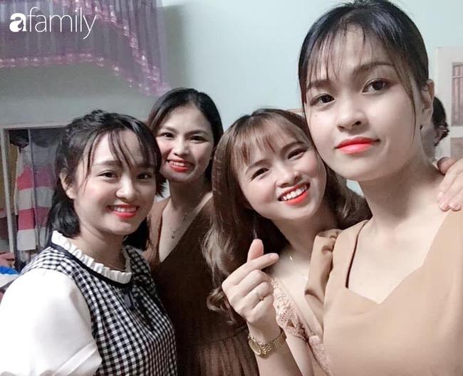 4 chị em trong nhà bất ngờ bầu bí, sinh con cùng một lúc, các bé nằm cạnh nhau nhìn chẳng khác nào sinh tư - Ảnh 1.