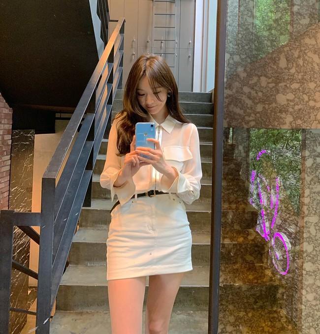 Kang Min Kyung của nhóm Davichi chính là tấm gương mặc đẹp đáng lưu tâm, nàng U30 học theo set nào là ăn chắc điểm set đó - Ảnh 12.
