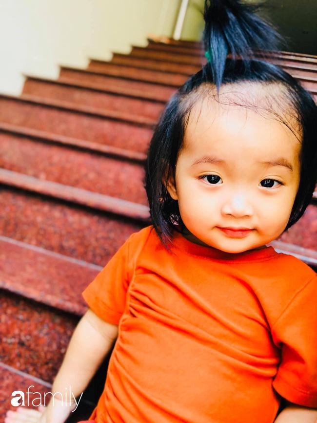 Ngắm loạt ảnh hiện tại con gái Khánh Thi, cô bé từng sinh non 1,9kg giờ đã phổng phao, ngoại hình hệt bố nhưng tính tình đặc mẹ - Ảnh 7.