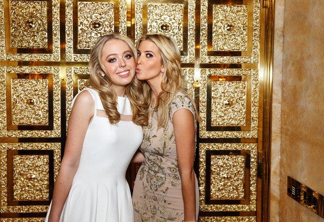 """Cuộc sống hoàn toàn khác biệt so với anh chị em của Tiffany Trump, người con gái được ví là """"góc lãng quên"""" của Tổng thống Mỹ - Ảnh 1."""