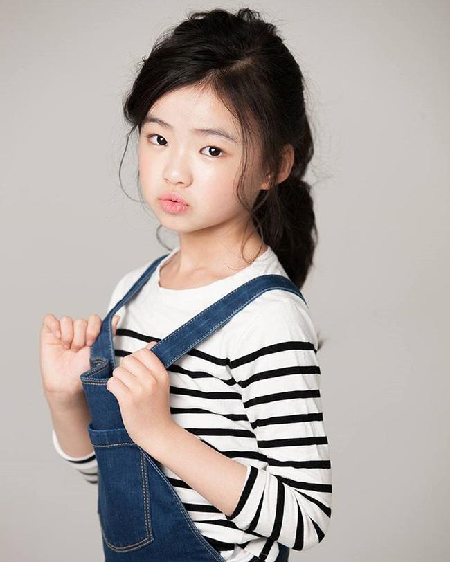 """Sau phim của Kim Tae Hee, tới lượt """"Quân vương bất diệt"""" cho """"chuyển giới"""" diễn viên nhí để đóng với Lee Min Ho - Kim Go Eun - Ảnh 7."""