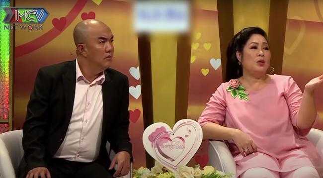 """""""Vợ chồng son"""": Cặp đôi trai xinh gái đẹp mới quen nửa tháng đã bị ép cưới, cô vợ nghi ngờ chồng là gay  - Ảnh 5."""