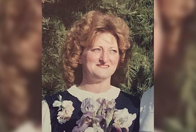 Người phụ nữ bị bỏng do cháy nhà khiến dân Mỹ thương xót trước khi chiếc tủ lạnh chứa xác người tố cáo tội ác và danh tính thật của ả - Ảnh 3.