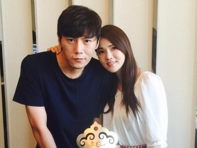 Những sao nam Đại Lục khi kết hôn với mỹ nhân Hong Kong - Đài Loan: Cặp đôi nào hạnh phúc nhất? - Ảnh 2.