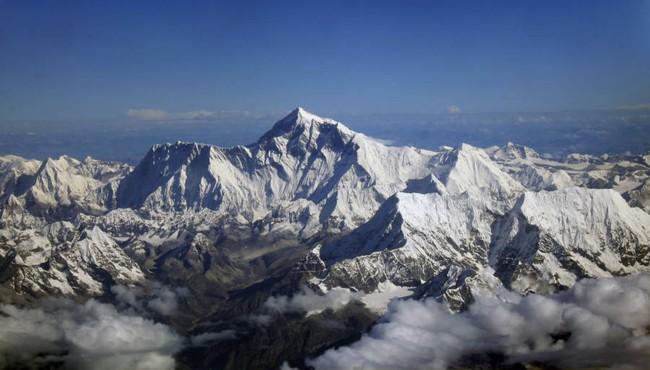 """Cái chết của """"người đẹp ngủ"""" trên đỉnh Everest và điềm báo đến từ cơn ác mộng của cậu con trai 11 tuổi - Ảnh 2."""
