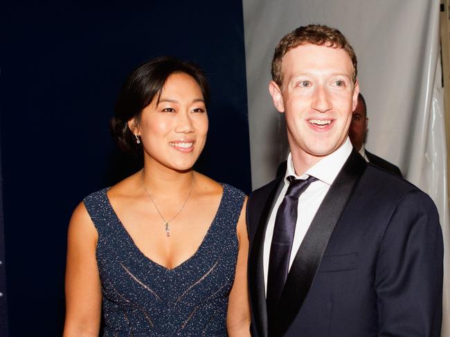 Đã giàu lại còn hào phóng: Vợ chồng Mark Zuckerberg quyên góp gần 19 tỷ đồng cho những nhà hàng họ yêu thích để vượt qua khủng hoảng Covid-19 - Ảnh 2.