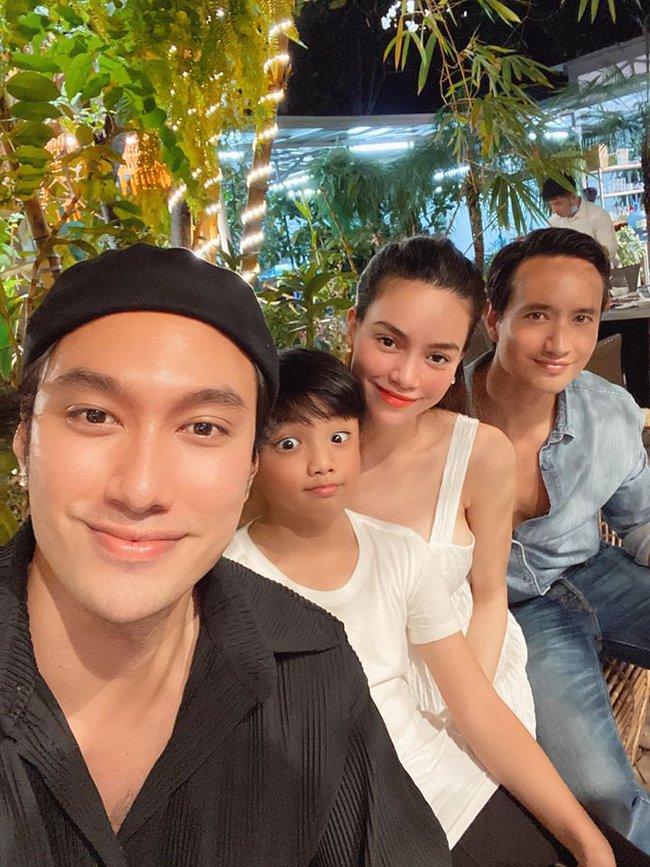 Hồ Ngọc Hà xuất hiện tươi tắn bên con trai Subeo và bạn trai Kim Lý giữa tin đồn mang thai nhưng ai cũng chú ý đến vòng 2 - Ảnh 2.