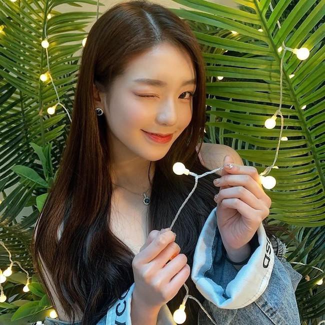 Nhóm nữ bị tố hỗn láo với Jennie (BLACKPINK), nhảy giỏi hơn Lisa, lại được so sánh nhan sắc ngang ngửa Jisoo - Irene (Red Velvet) - Ảnh 5.