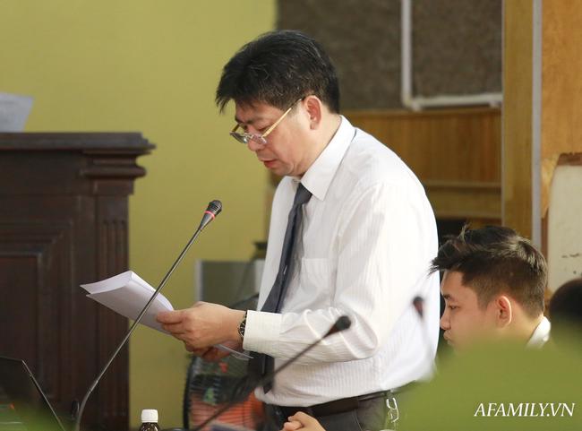 Phủ nhận việc nhận hối lộ 1,3 tỷ đồng Trưởng phòng Khảo thí Sở GD&ĐT Sơn La xin được giảm nhẹ hình phạt - Ảnh 6.