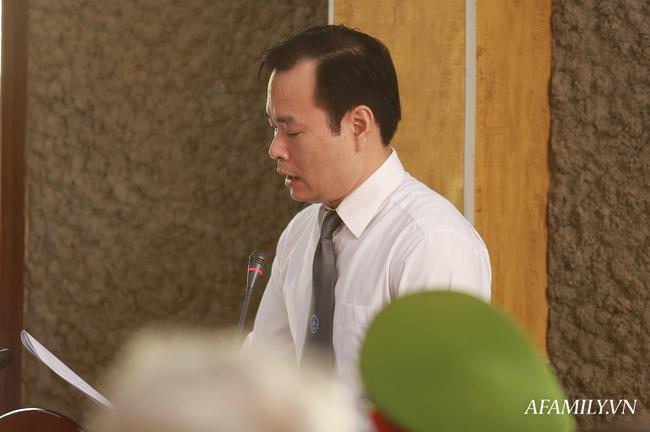 Phủ nhận việc nhận hối lộ 1,3 tỷ đồng Trưởng phòng Khảo thí Sở GD&ĐT Sơn La xin được giảm nhẹ hình phạt - Ảnh 5.