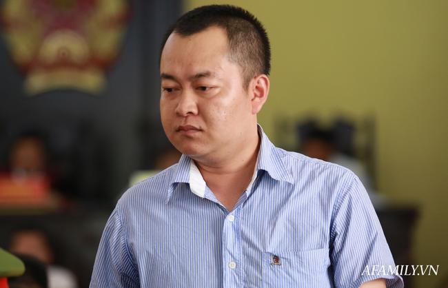 """Xét xử gian lận điểm thi ở Sơn La: Các bị cáo đồng loạt xin giảm nhẹ hình phạt, ăn năn về hành vi phạm tội vì """"thương con, muốn con được học hành đến nơi, đến chốn"""" - Ảnh 5."""