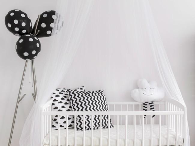 7 món đồ nhiều bố mẹ đổ xô mua nhưng thực sự không hề cần thiết cho bé trong năm đầu đời - Ảnh 1.