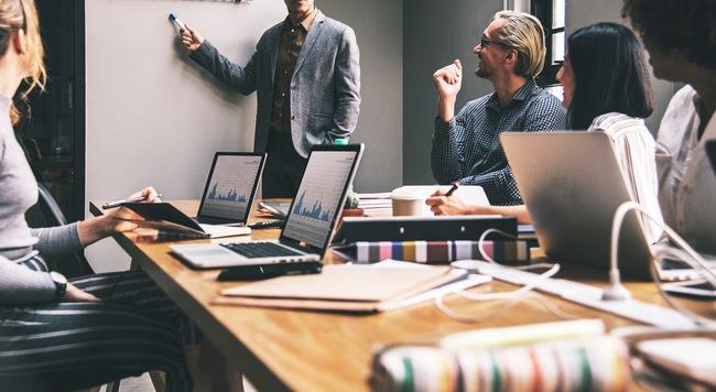 Nắm trọn triết lý công sở trong tay với 5 bài học người sếp để lại cho nhân viên trước khi nghỉ hưu - Ảnh 3.