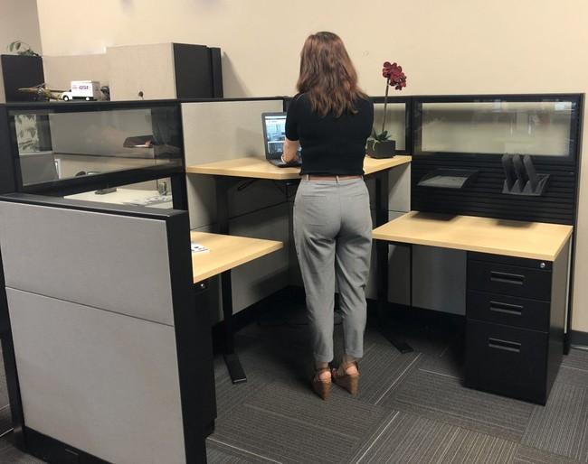 """Tự dưng bị body-shaming """"béo quá"""", """"gầy quá"""", chị em công sở đáp trả thế nào cho ngầu? - Ảnh 1."""