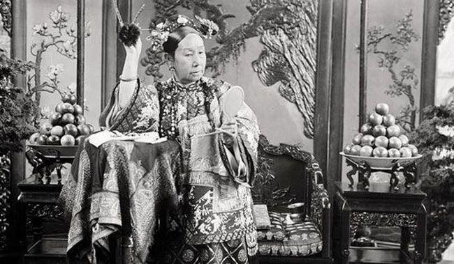 Là người phụ nữ quyền lực nhất thời nhà Thanh, rốt cuộc Từ Hi Thái Hậu đã trải qua ngày cuối cùng của cuộc đời mình như thế nào? - Ảnh 2.