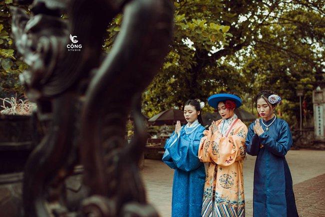 Ngắm trọn bộ ảnh kỷ yếu lớp chuyên Pháp trường Lê Hồng Phong - Nam Định  với 28 bộ đồ cổ trang thuê từ nhà thiết kế phim Phượng Khấu, MV Hòa Minzy - Ảnh 7.